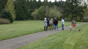Earl Straley (3rd from right) leads park tour. [Click to enlarge]